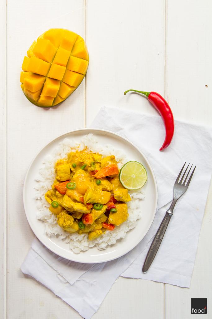 Curry Z Kurczaka I Mango W Mleku Kokosowym Food
