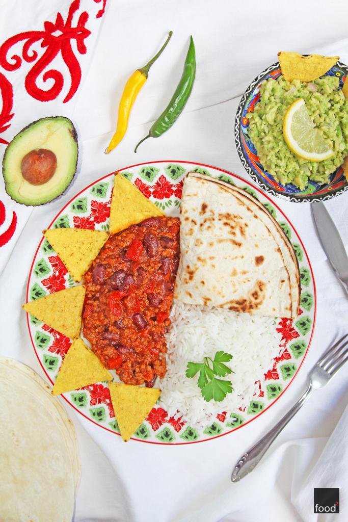 Chili Con Carne Podawane Z Guacamole